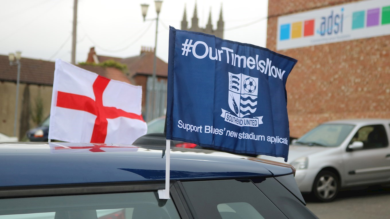 Show Off Your Blues England Car Flags And Win With Blues News - Car show flags